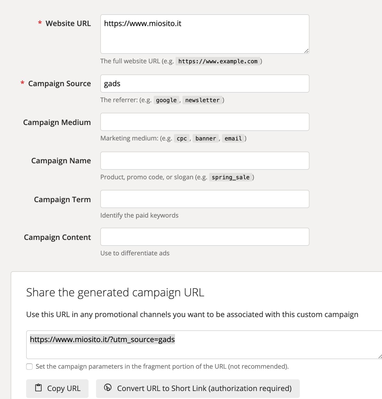 Raggruppare canali e sorgenti di traffico in Google Analytics: Url Builder