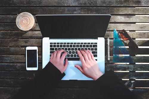 Come gestire i contenuti di un sito web o blog
