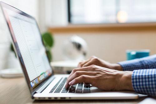 Come gestire i contenuti di un sito web