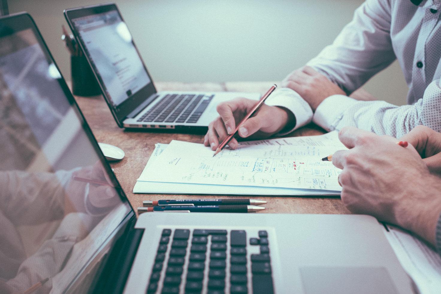 Analisi SWOT: stima delle Opportunità attraverso strumenti quantitativi e Business Analysis