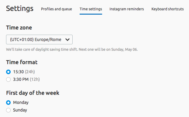 Indica il tuo fuso orario preferito nelle impostazioni di Social media Poster di SEMrush