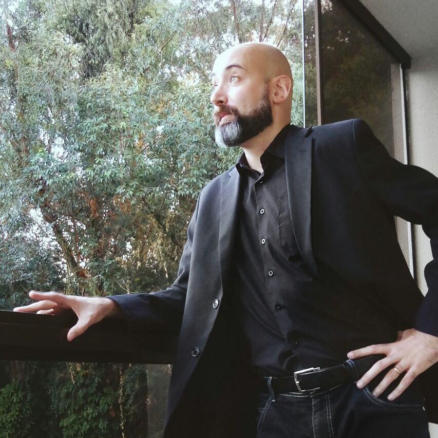 Carlos Almada